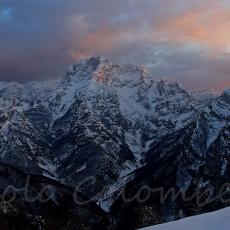 Il versante settentrionale del Col Nudo in veste invernale