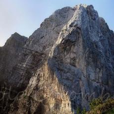 L'imponente parete settentrionale del Col Nudo