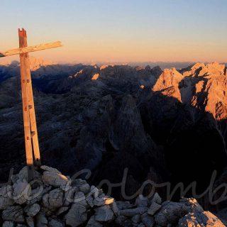 L'alba, la scala e il cielo