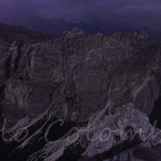 Cantoni Pelsa di notte