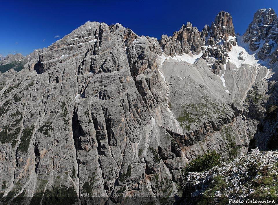 Cristallino di Misurina (a sinistra) mentre verso destra Piz Popena e Cristallo